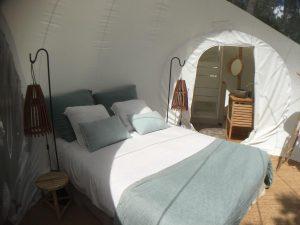 bulles confort lit hébergement insolite